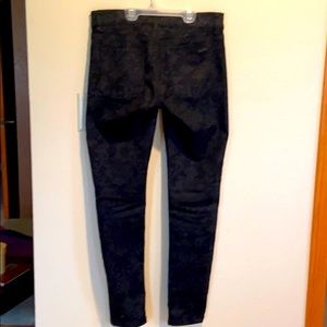Jeans with a tapestry imprint.